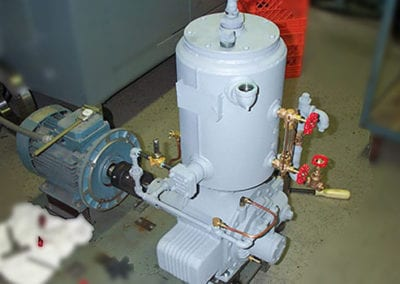 beach-russ-vacuum-pump-repair-RP-30-WP-On-Test